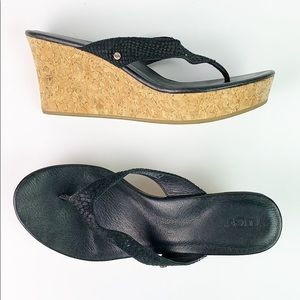 UGG EUC black leather Cork wedge sandals 9.5